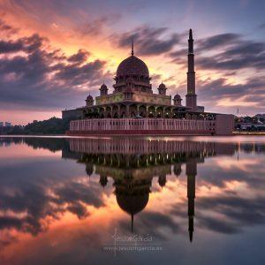 JesusmGarcia_Masjid_Putra_2048-300x300